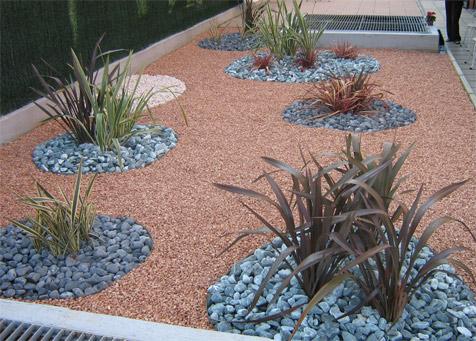 Realizzazione giardini milano la realizzazione del - Alberi condominiali in giardini privati ...